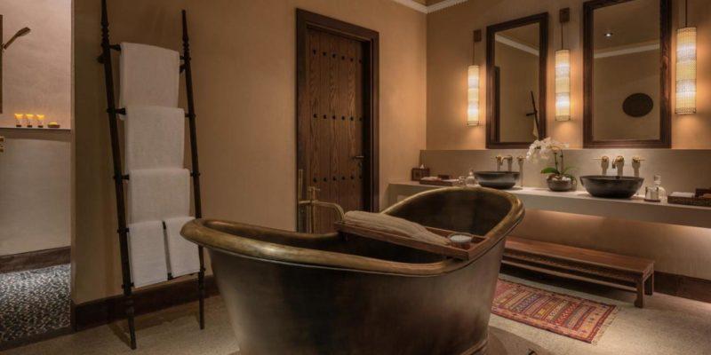 Bathroom The Chedi Al Bait, Sharjah, фото