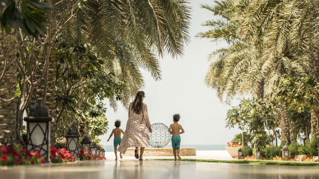 Family Four Season at Jumeirah Beach, фото