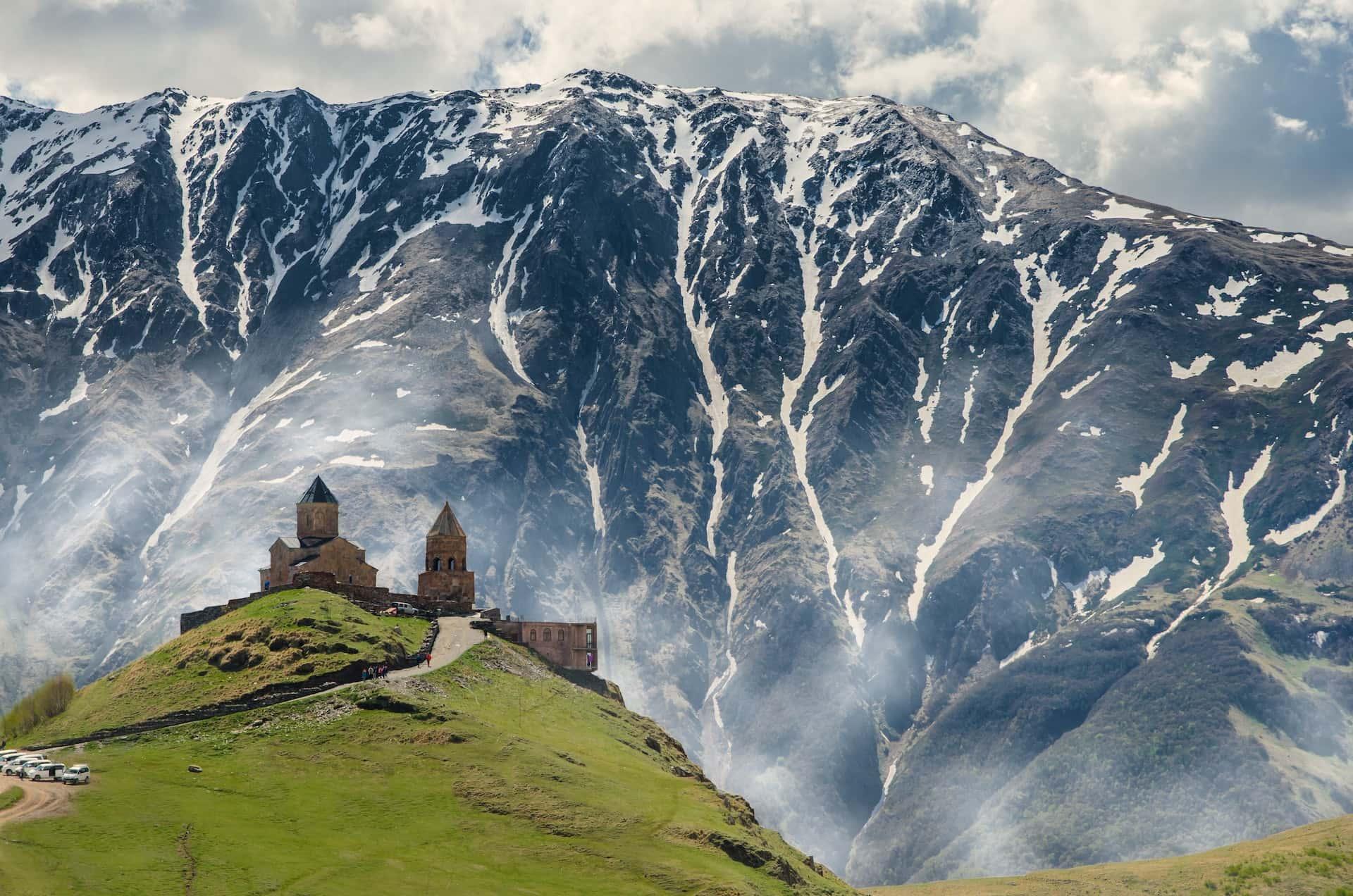 Церковь в Казбеги, фото