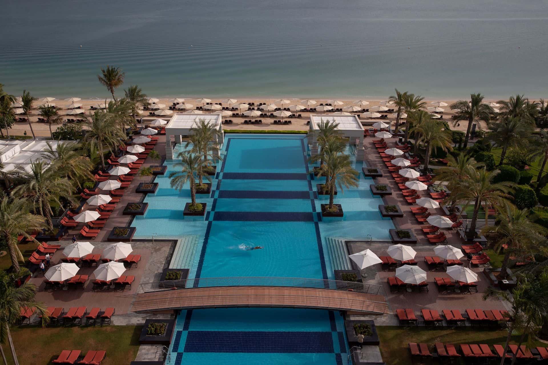 Открытый бассейн Jumeirah Zabeel Saray Дубай, фото