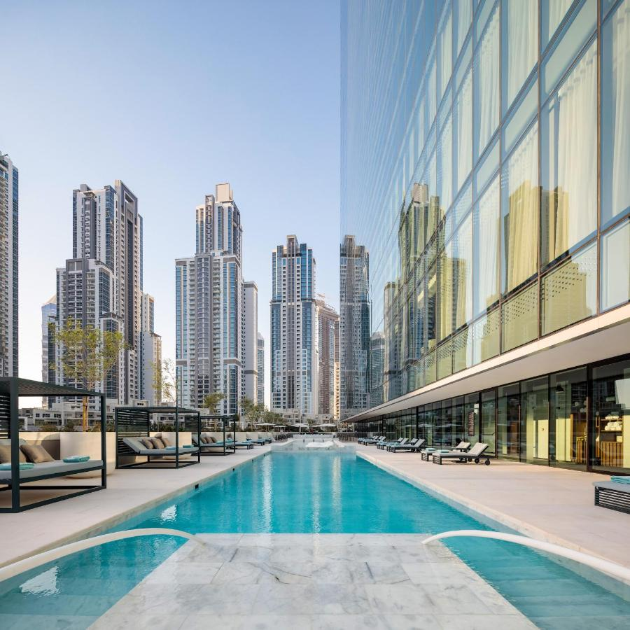 ME Dubai by Meliá Pool, фото