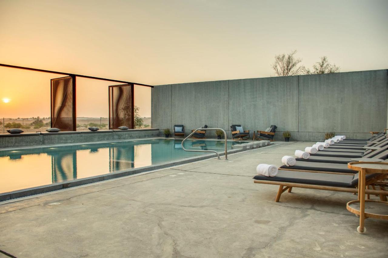 Pool Mysk Al Faya Retreat Шарджа, фото