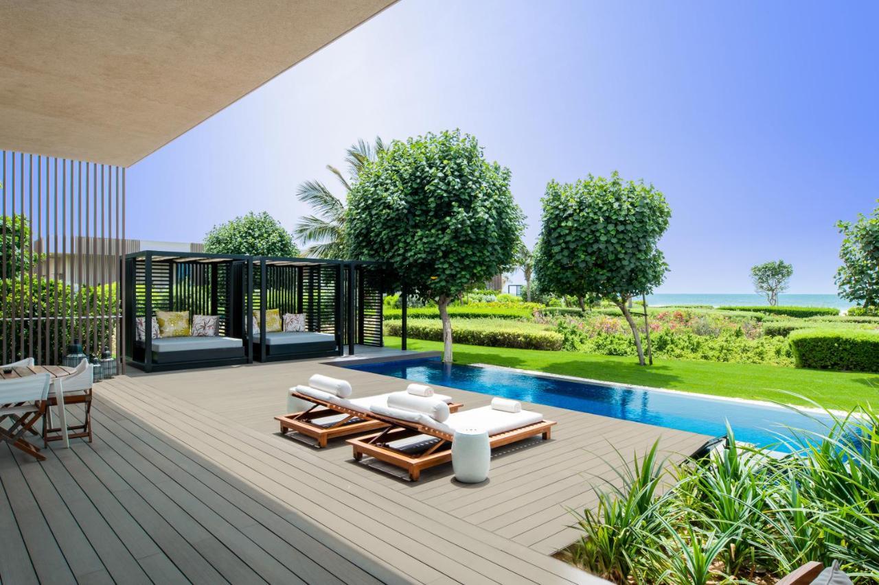 Private Terrace The Oberoi Beach Resort, Al Zorah Аджман, фото