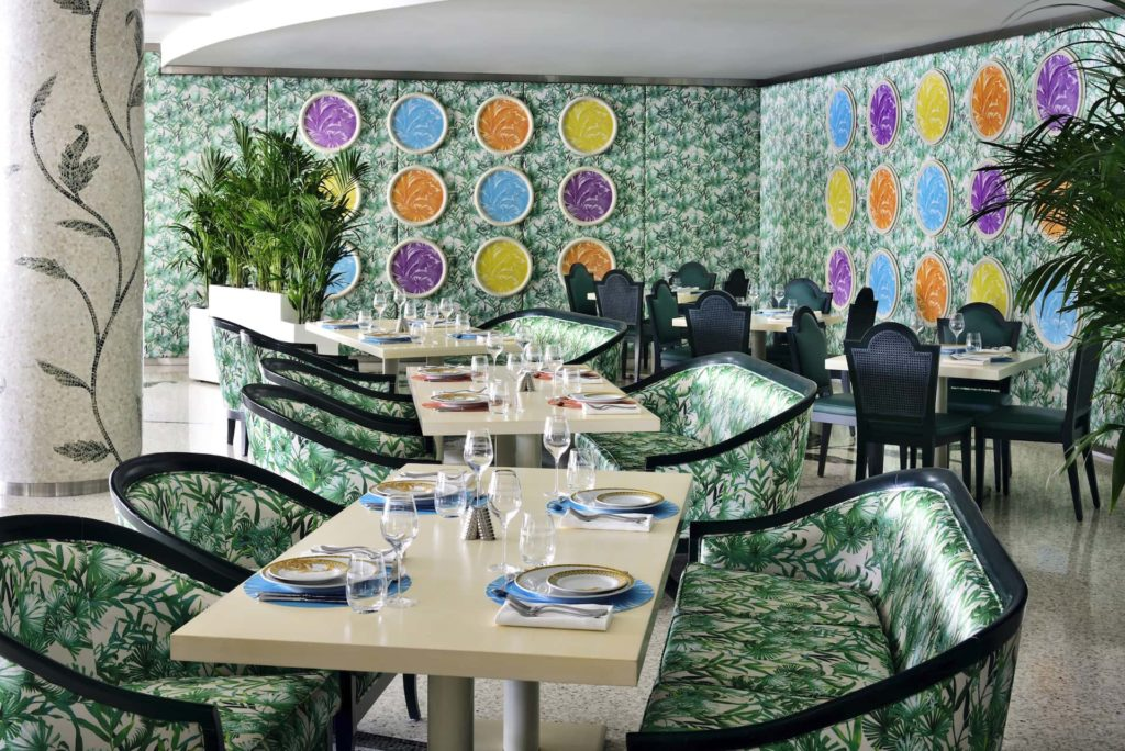 Restaurant Giardino Palazzo Versace Дубай, фото