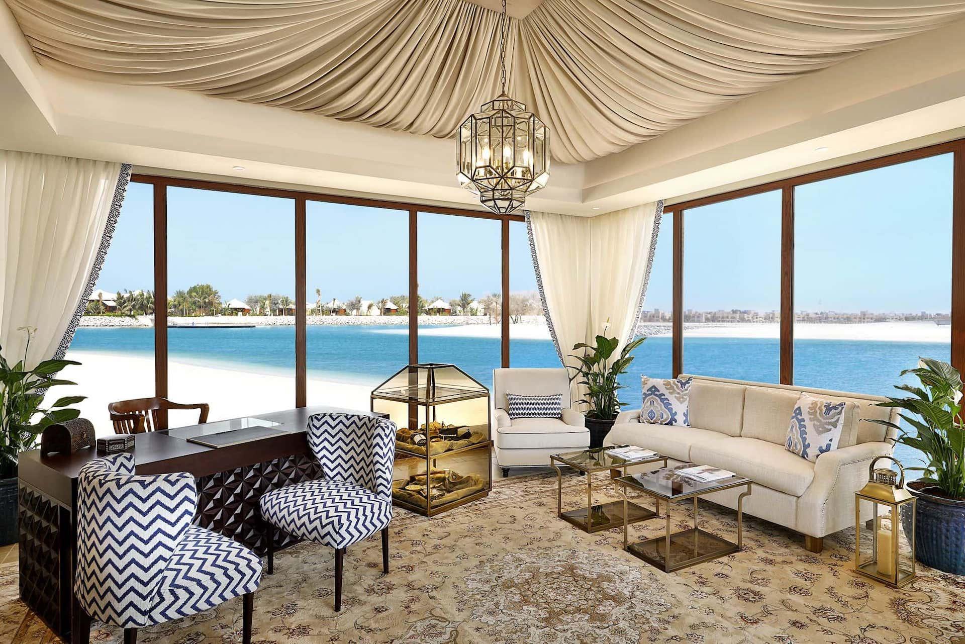 The Ritz-Carlton, Ras Al Khaimah, Al Hamra Beach Living Room, фото