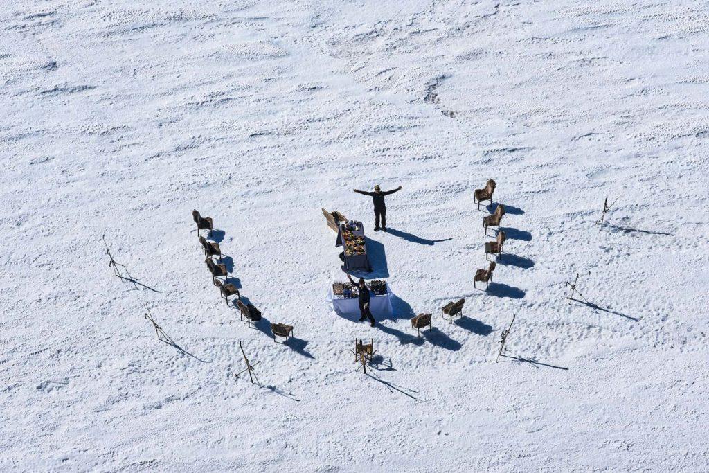 Dinning Outside White Desert Antarctica, фото