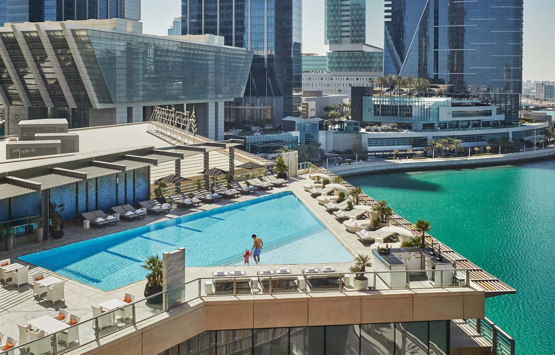 Four Seasons Hotel Abu Dhabi at Al Maryah Island Pool, фото