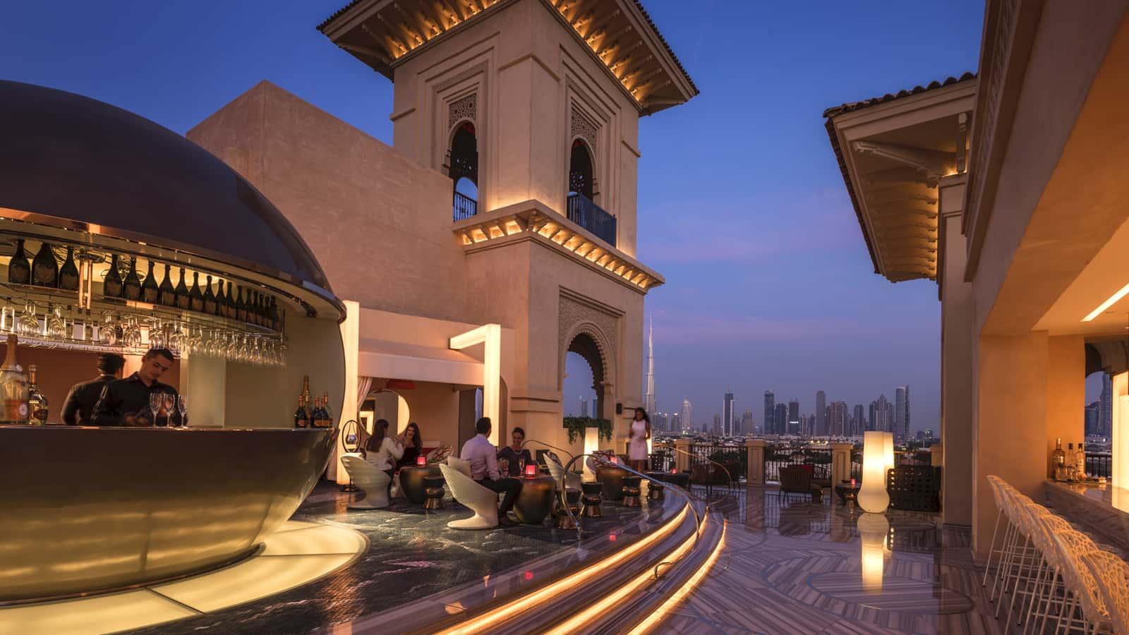 Four Seasons Resort Dubai at Jumeirah Beach Rooftop Bar, фото