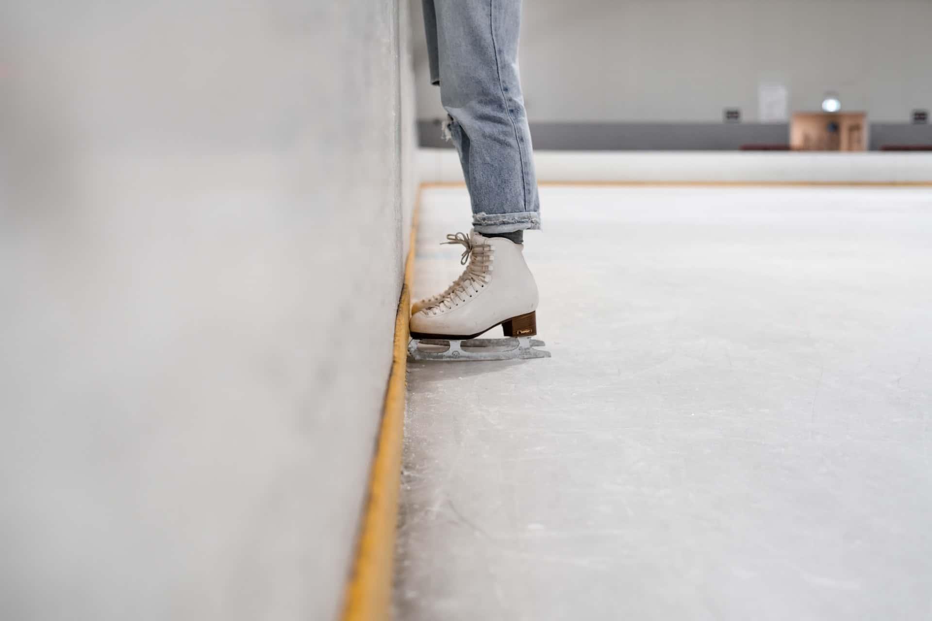 Ice Skating, фото