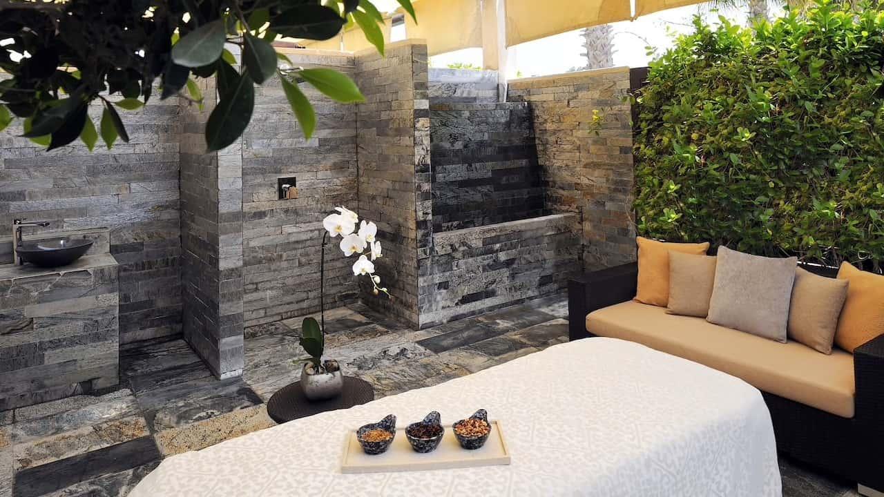 Park Hyatt Abu Dhabi Hotel and Villas Atarmia Spa Terrace Treatment Room, фото