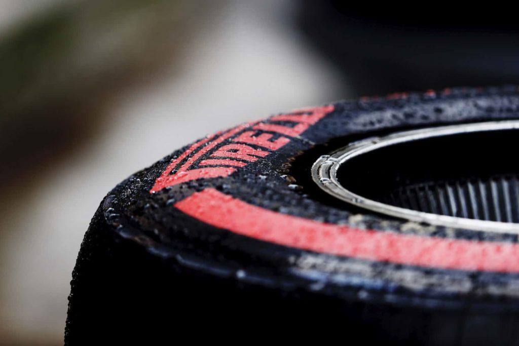 Pirelli P Zero, фото