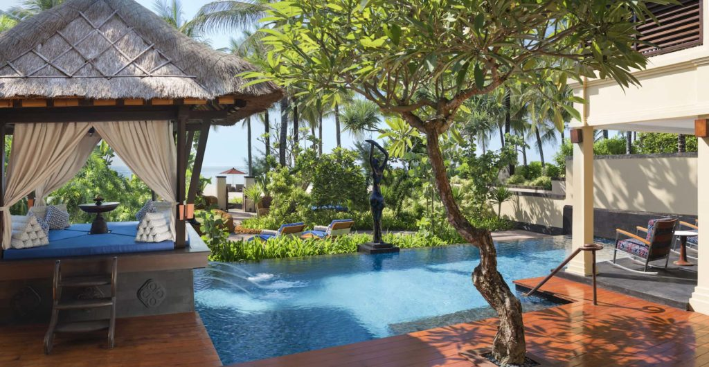 The St.Regis Bali Resort The Strand Residence Pool Garden, фото