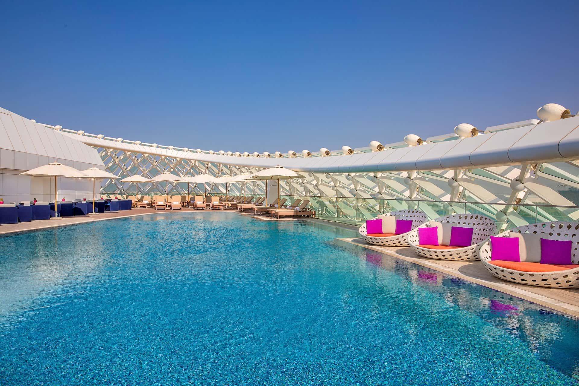 W Abu Dhabi - Yas Island Sun Deck, фото