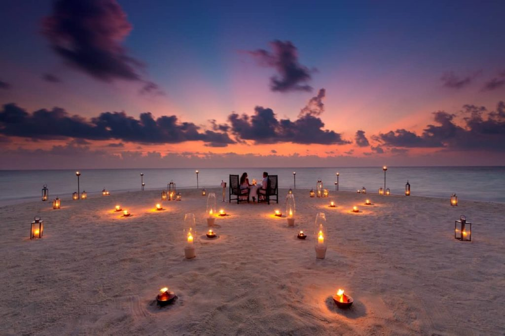 Курорт Baros Maldives благодарит врачей, борющихся с пандемией