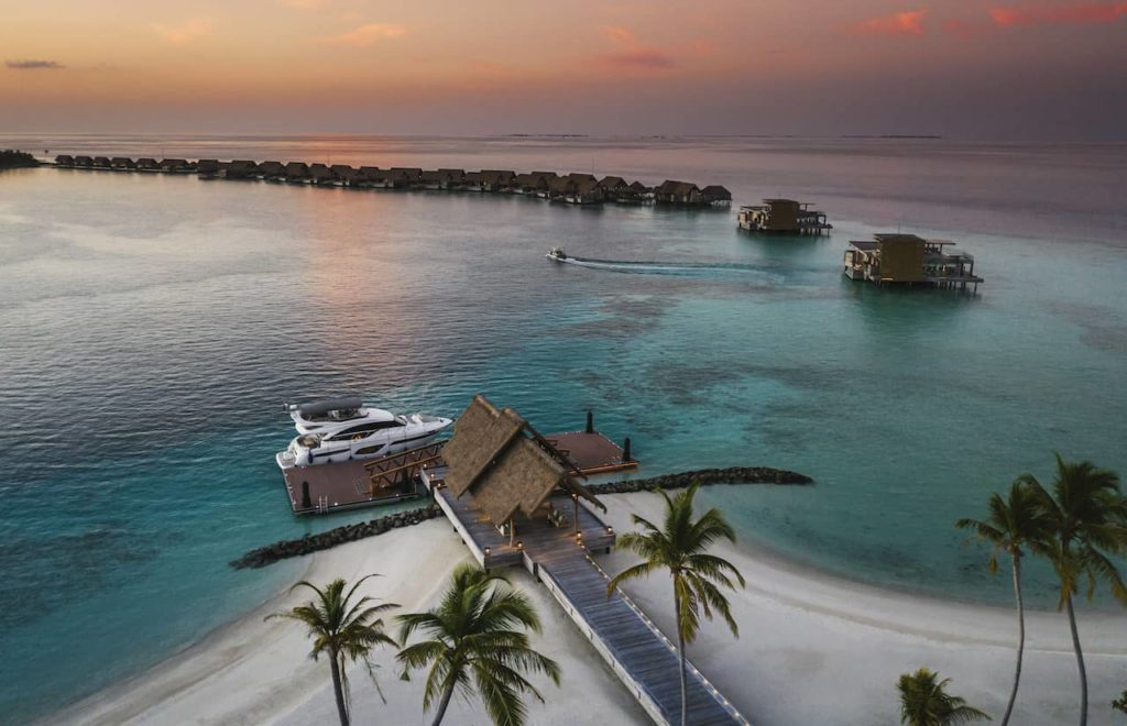 На Мальдивах открылся самый большой частный остров Ithaafushi – The Private Island