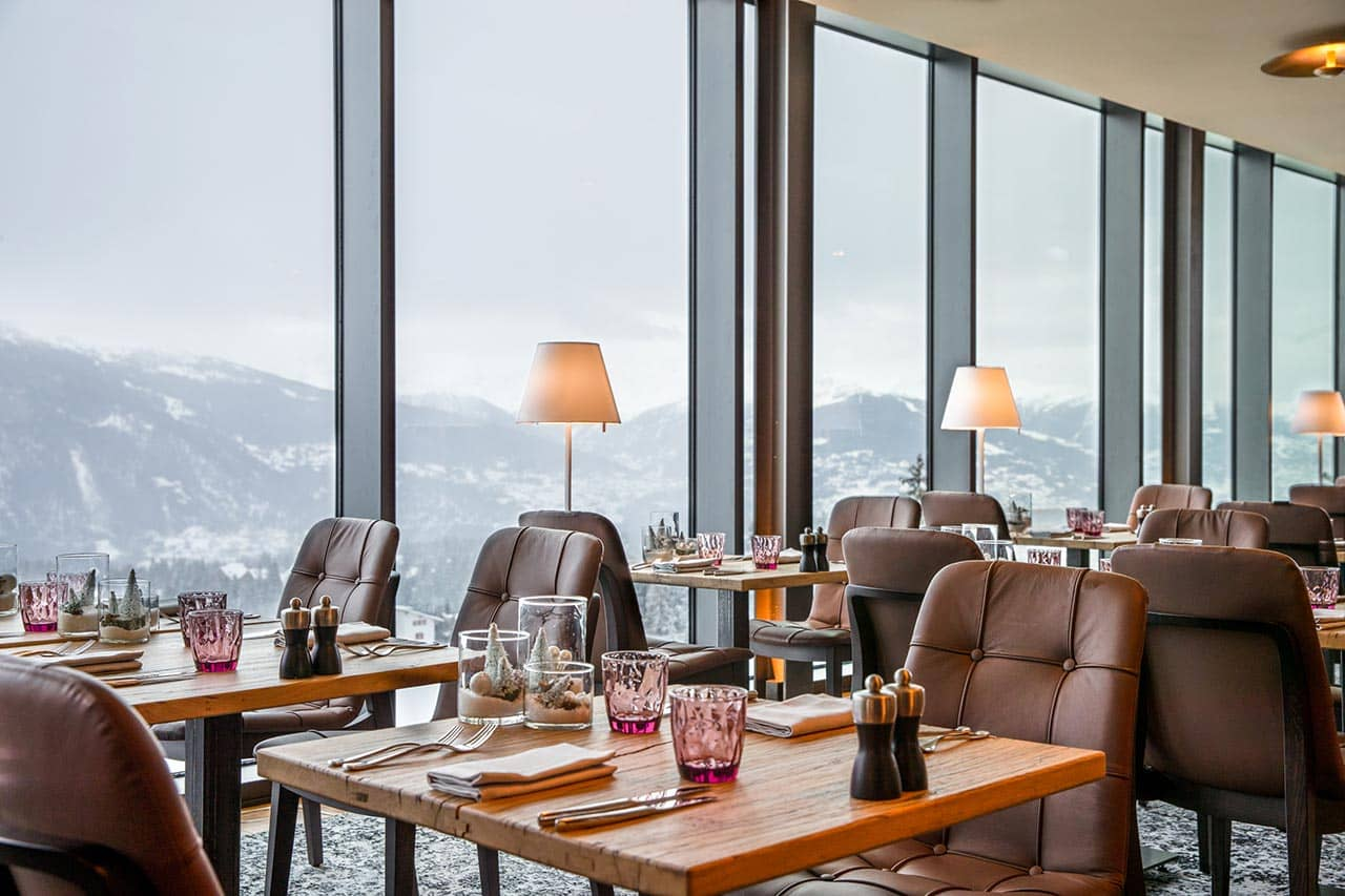 Restaurant Bar Lounge Hotel Crans Ambassador Switzerland Interior, фото