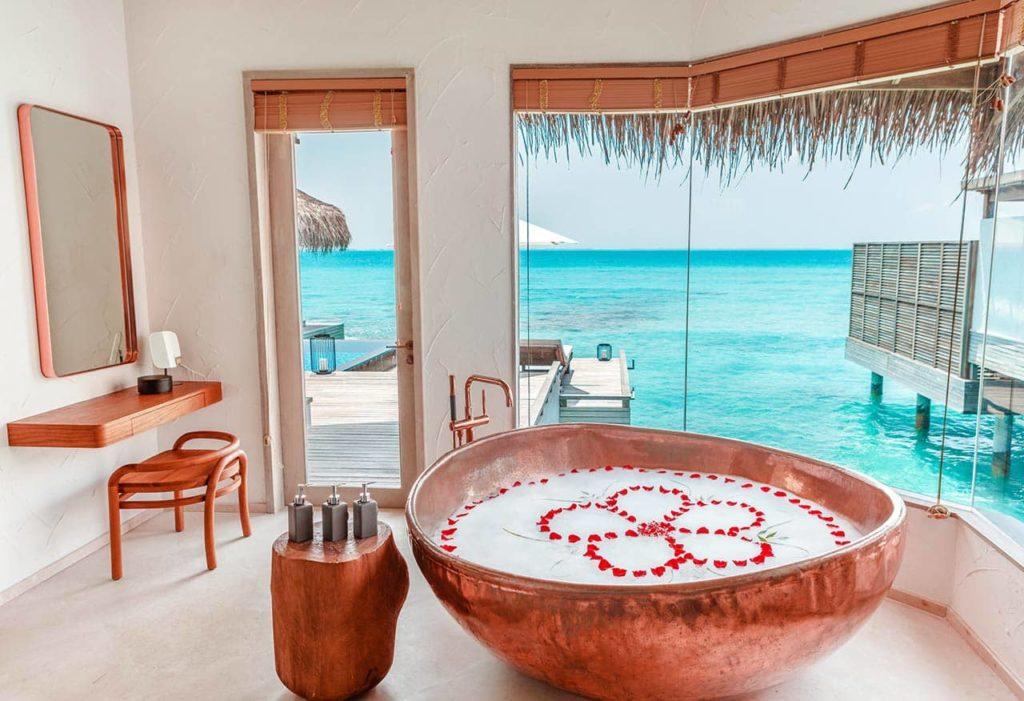 Hotel Fairmont Maldives Sirru Fen Fushi OBubble Bath, фото