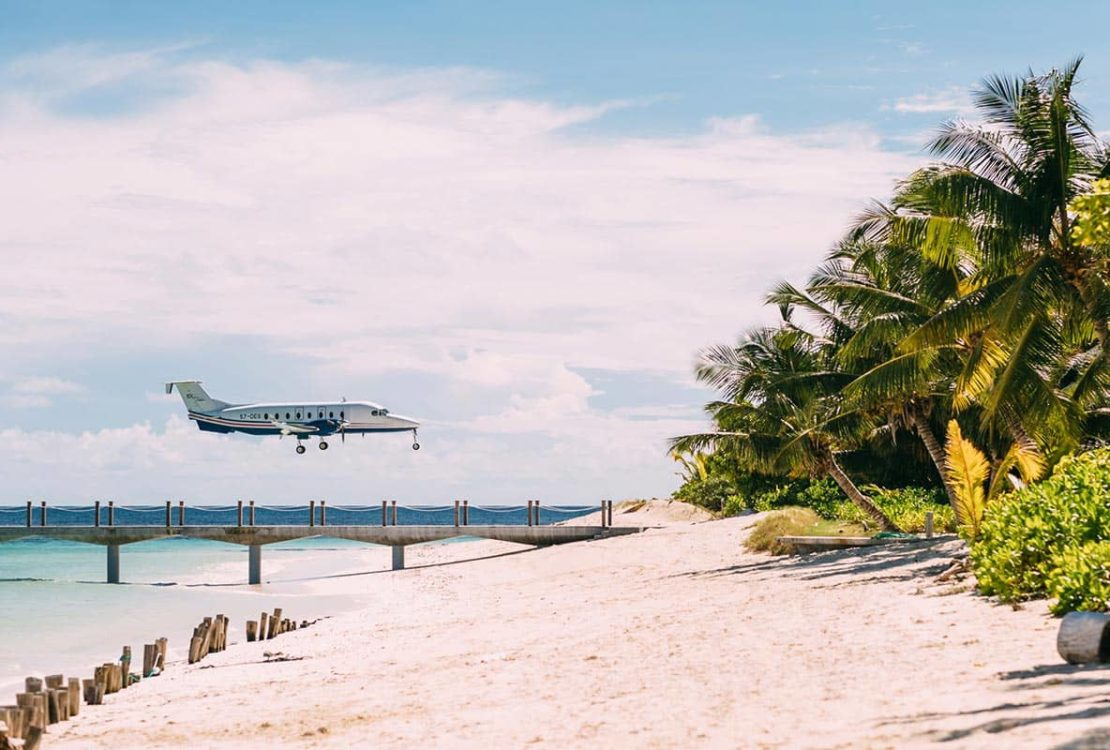 Four Seasons Resort Seychelles Plane, фото