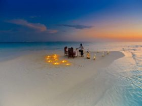 Resort Baros Maldives Sandbank Romantic Dinner, фото