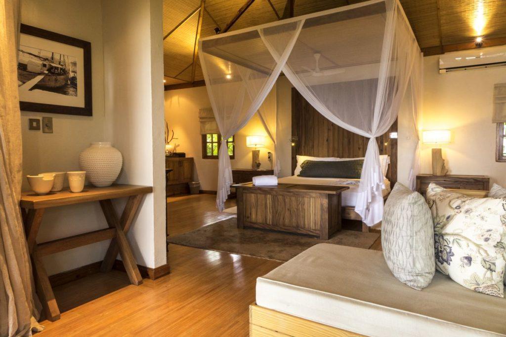 Denis Private Island Resort Seychelles Beach Villa Interior, фото