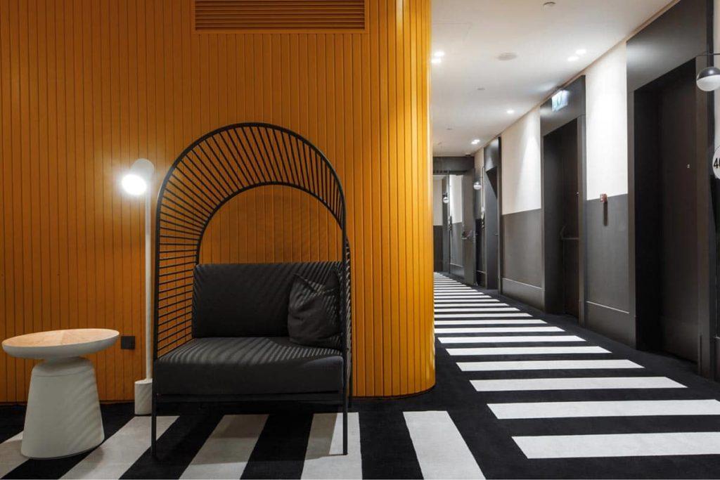 Hotel Neo Kazan by TASIGO Hallway Interior, фото