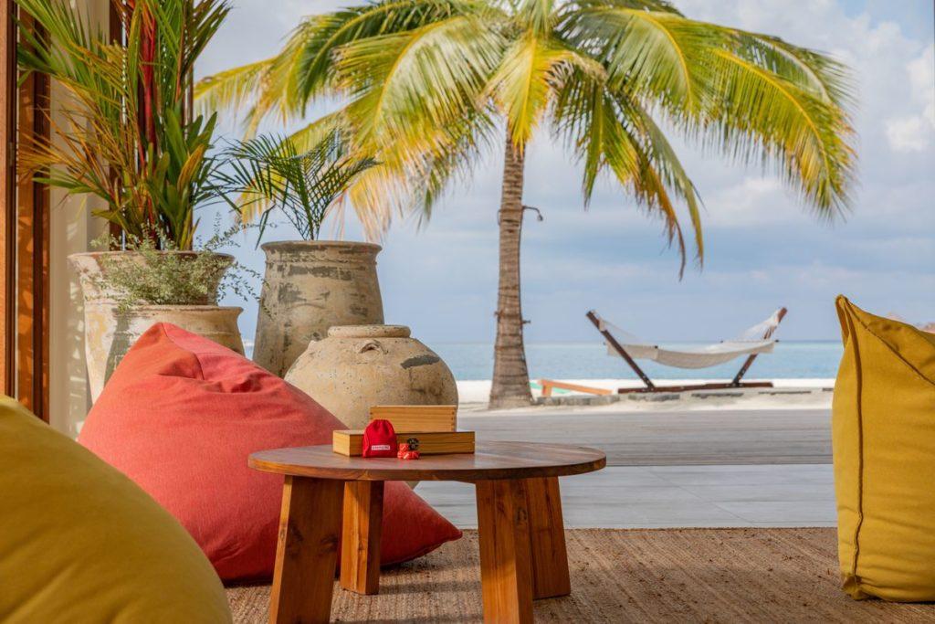 Hotel The Standard, Huruvalhi Maldives Lounge at Beach, фото