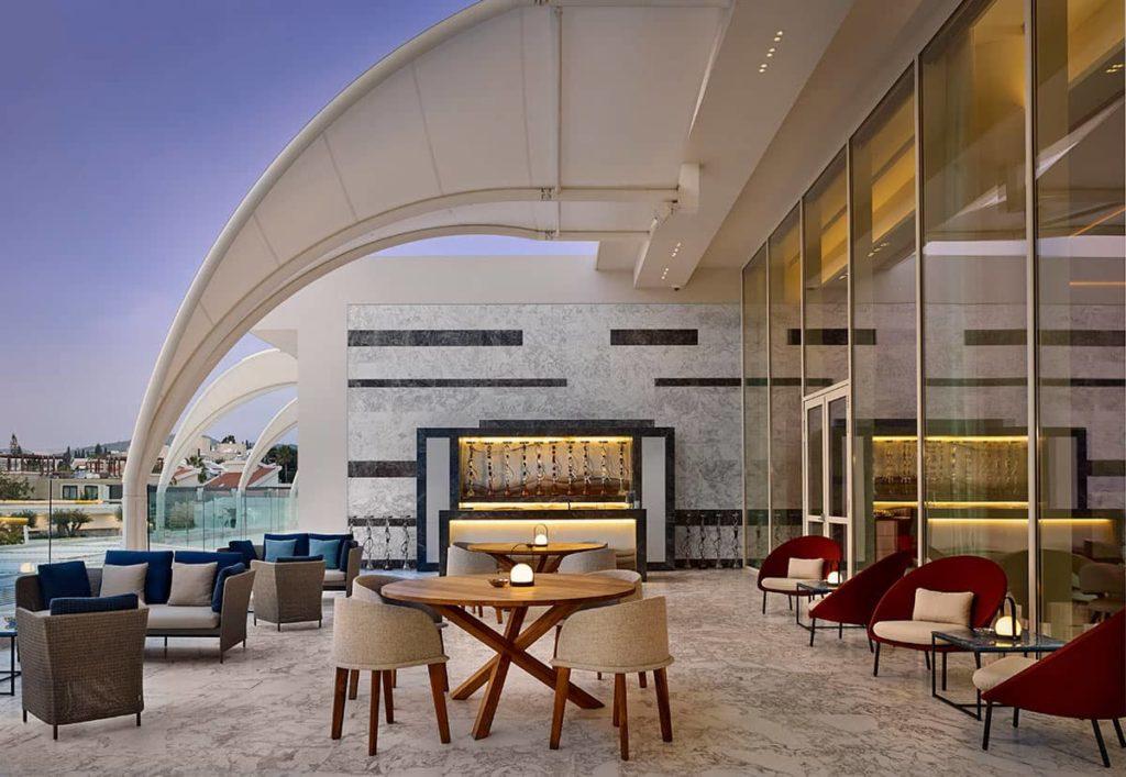 Hotel Parklane Resort & Spa The Gallery Bar Interior, фото