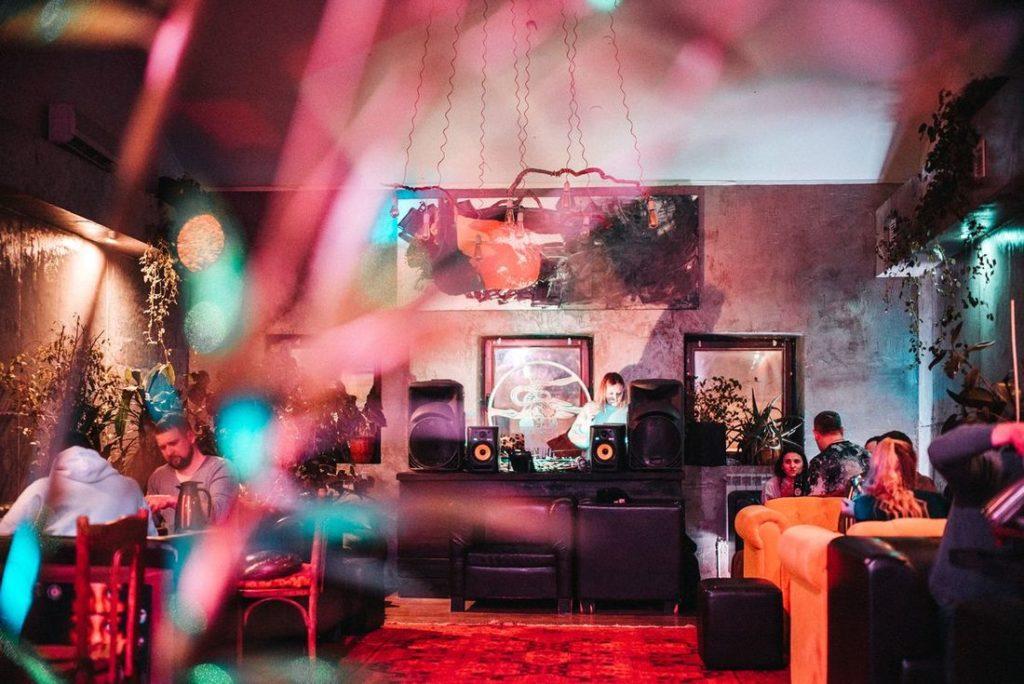 Лучшие рестораны, бары и кофейни Казани
