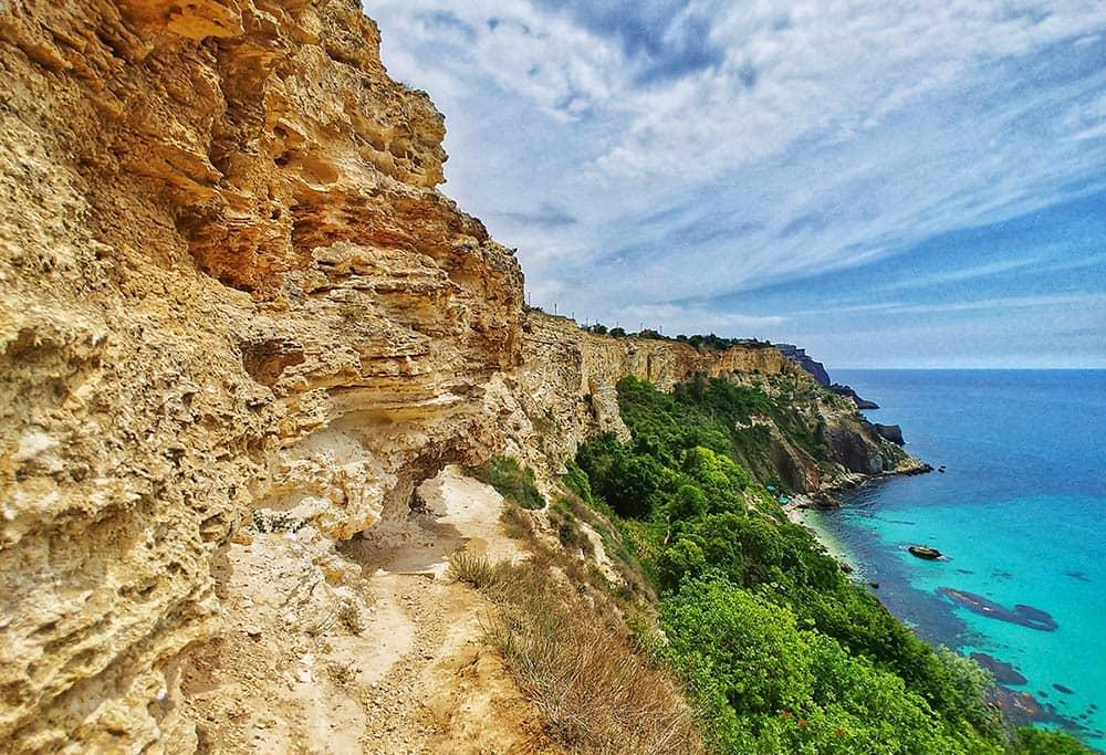 Гид по крымским пляжам: западный берег Крыма