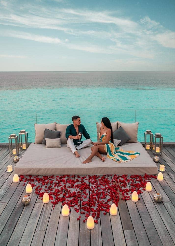 Resort Waldorf Astoria Maldives Ithaafushi Villa Stella Maris Drinks at Upper Deck, фото
