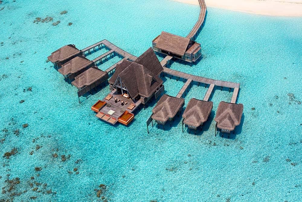 Курорт Anantara Kihavah Maldives Villas представил обновленный спа-комплекс на воде