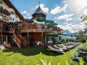 Hotel Rosa Alpina Italy Terrace and Garden, фото