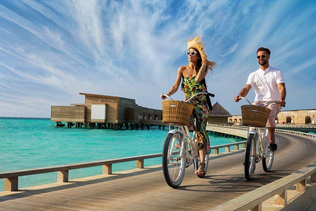 Resort Kuda Villingili Maldives Bicycle Ride, фото