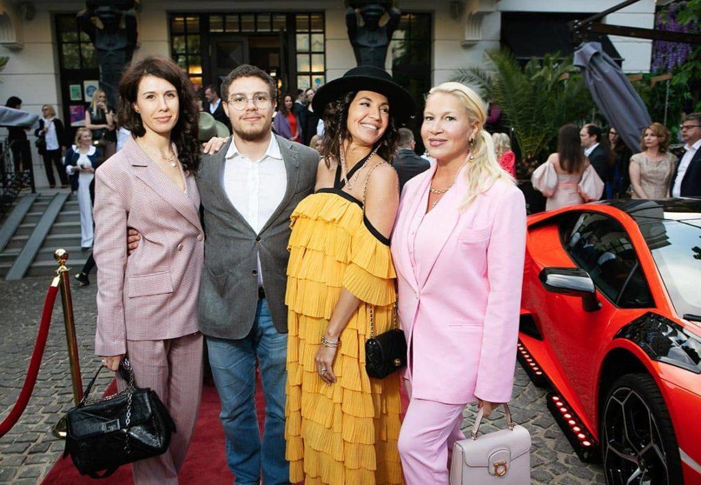 Anna and Anton Nemtsovy, Lara Lychagina, Ekaterina Odintsova at The World Bridge Magazine Annyversary Party, фото