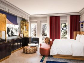 Интерьер номера в отеле W Rome в Риме, фото