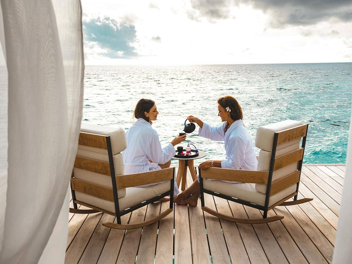 Водная вилла в спа-комплексе Aqua Wellness Centre на курорте Waldorf Astoria Maldives Ithaafushi на Мальдивских островах, фото