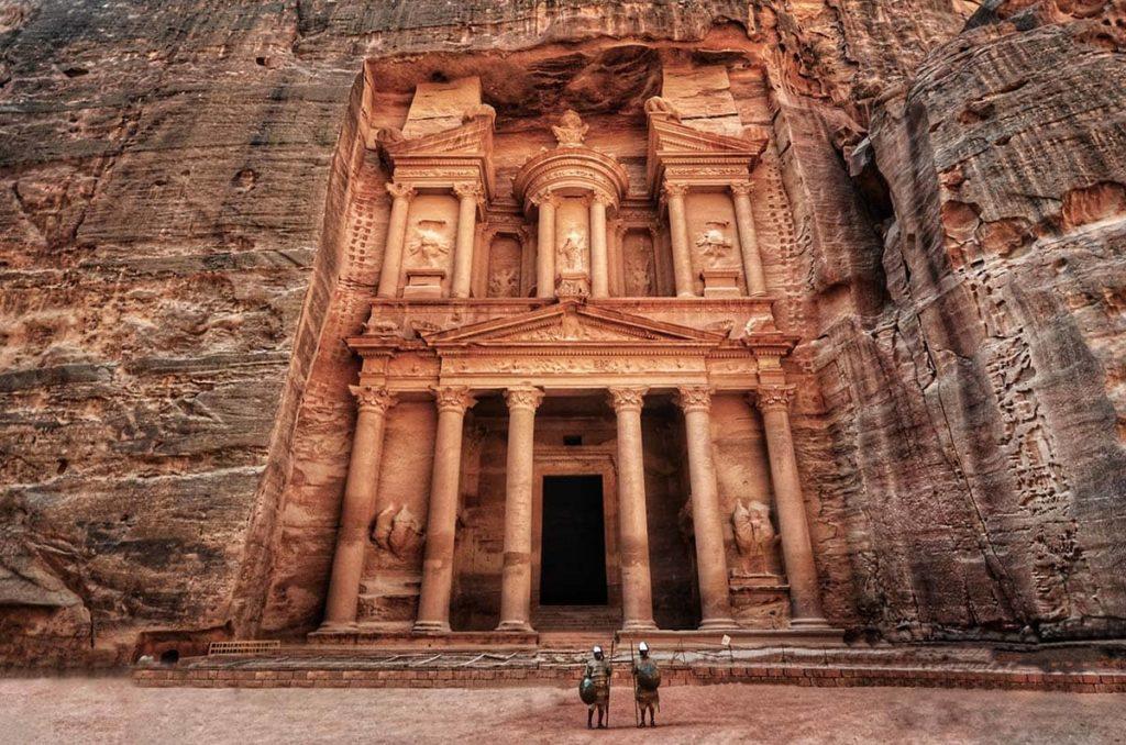 Иордания открылась для привитых российских туристов