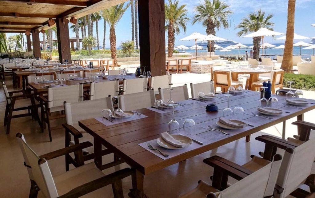 В Parklane, a Luxury Collection Resort & Spa, Limassol открылся новый ресторан Mathis by the Sea