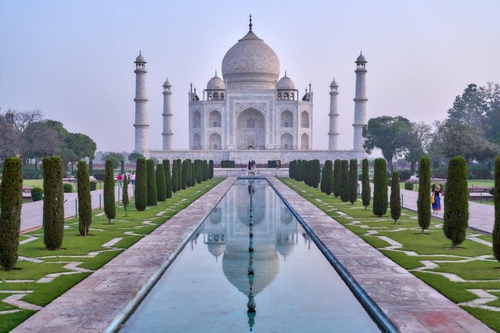 Индия возобновляет выдачу туристических виз